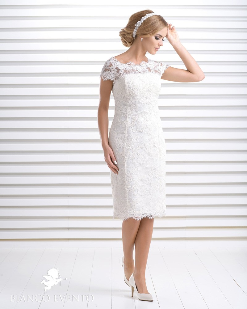 Etui-Brautkleid Aprilia, Bianco Evento | beautifulbrideshop.eu