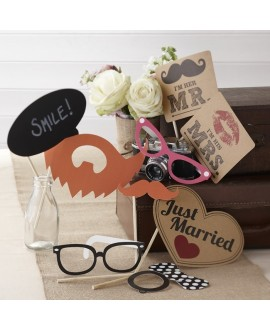 Photo Booth Props Set – Vintage Affair