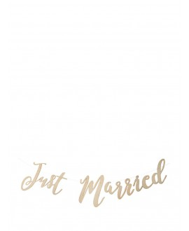 "Holz Girlande ""Just Married"" – Beautiful Botanics"